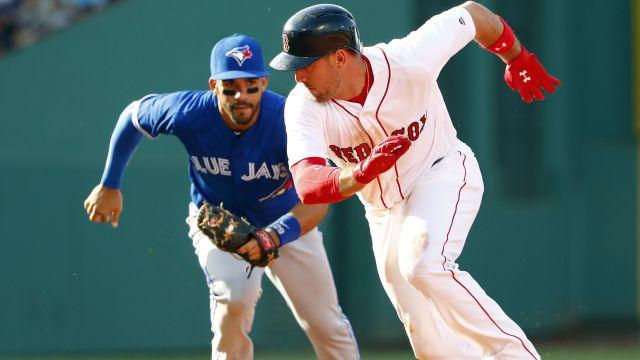 Red Sox third baseman Travis Shaw