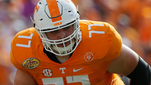 Tennessee Volunteers offensive lineman Kyler Kerbyson