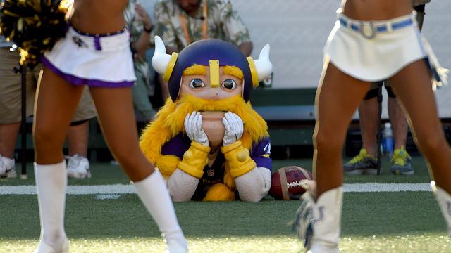 Minnesota Vikings mascot