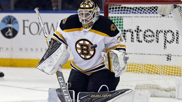 Bruins goaltender Zane McIntyre