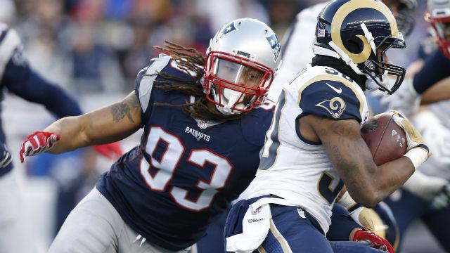 New England Patriots defensive end Jabaal Sheard