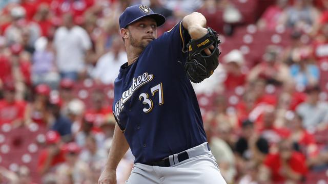 Milwaukee Brewers relief pitcher Tyler Thornburg