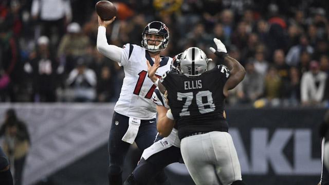 Texans quarterback Brock Osweiler