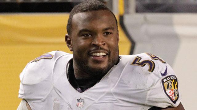 Ravens linebacker Zach Orr