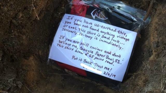 Falcons fan buries jersey
