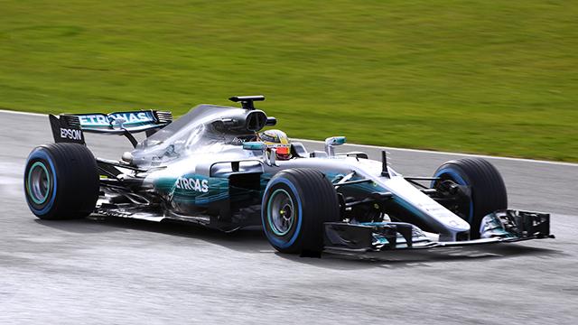Lewis Hamilton, Mercedes-AMG Petronas W08 EQ Power+