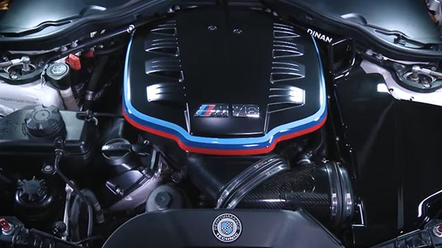 BMW V-8