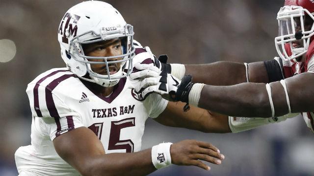 Texas A&M Aggies defensive lineman Myles Garrett
