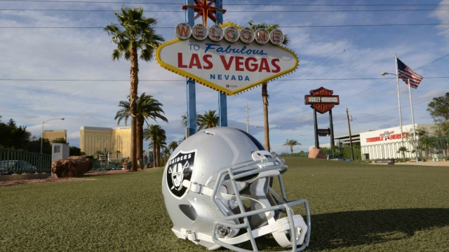 Oakland Raiders could move to Las Vegas
