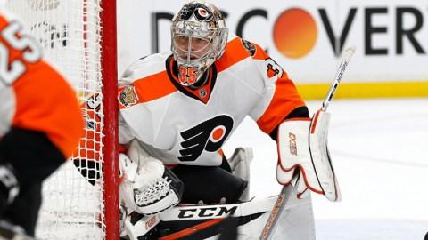 Philadelphia Flyers goalie Steve Mason