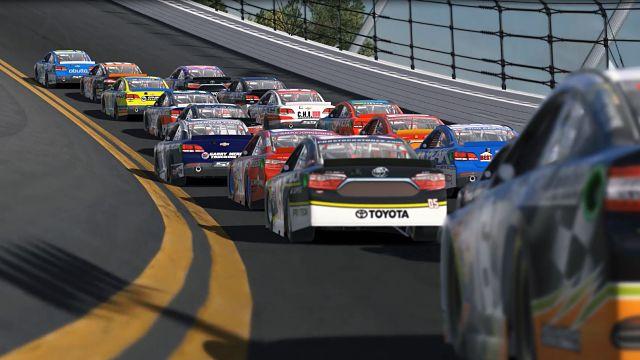 iRacing Daytona lap