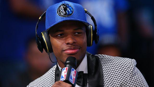 Dallas Mavericks guard Dennis Smith Jr.