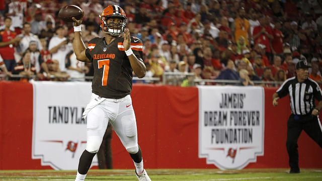 Cleveland Browns quarterback DeShone KIzer