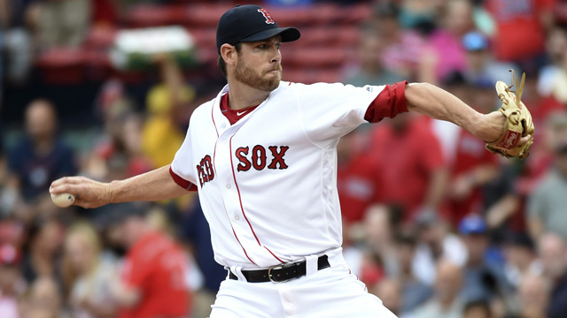 Boston Red Sox starting pitcher Doug Fister