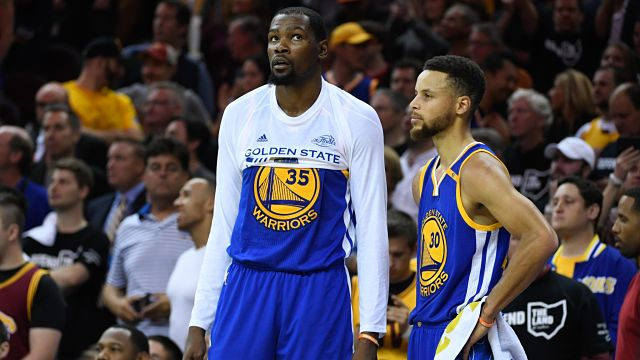 Golden State Warriors forward Kevin Durant and guard Stephen Curry