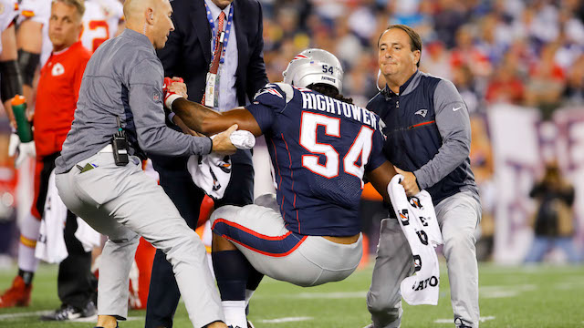 Patriots linebacker Dont'a Hightower getting injured on field turf