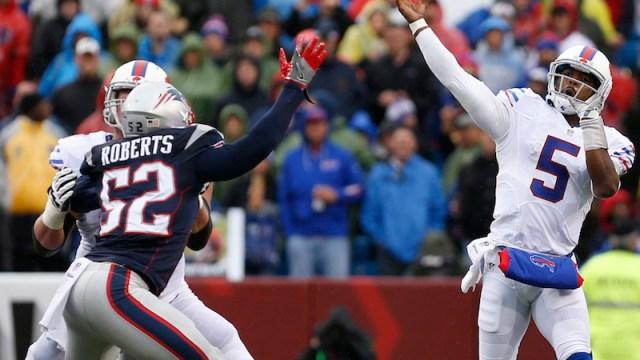 Patriots linebacker Elandon Roberts, Bills quarterback Tyrod Taylor