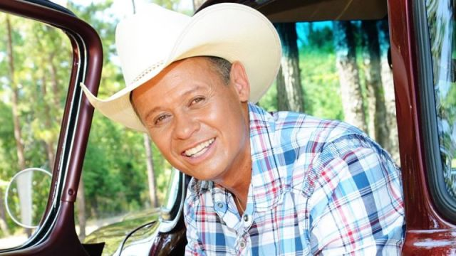 Country music artist Neal McCoy