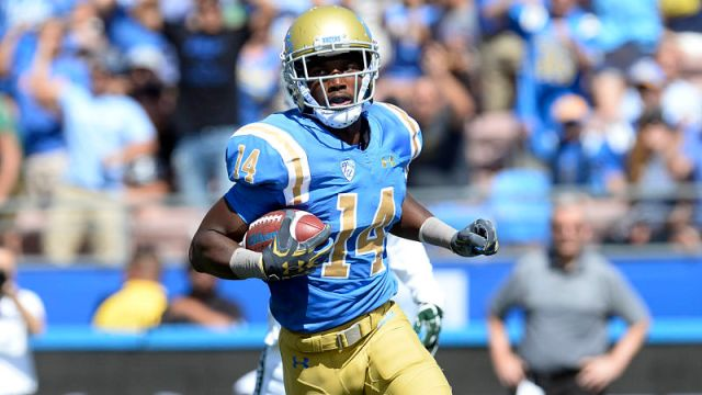 UCLA Bruins wideout Theo Howard
