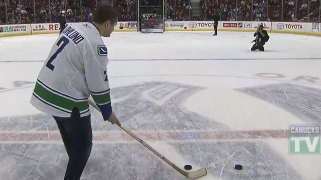 Vancouver Canucks fan wins new car