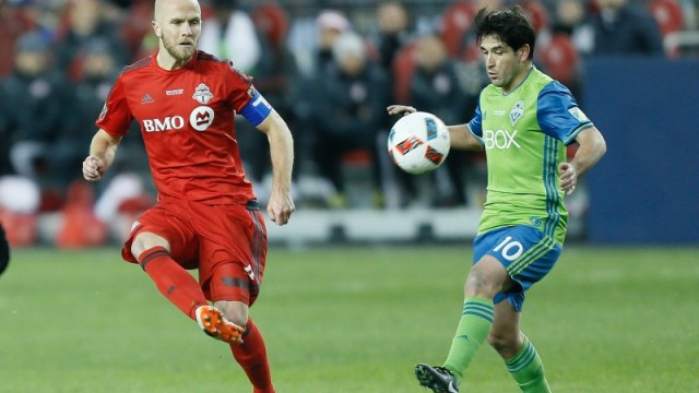 Toronto FC's Michael Bradley and Seattle Sounders' Nicholas Lodeiro
