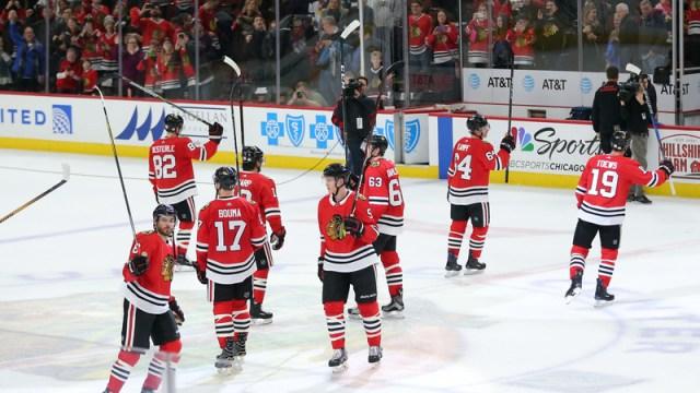 Blackhawks celebrate win over Capitals