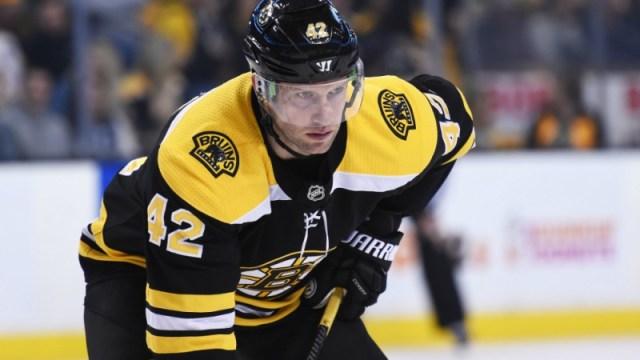 Boston Bruins right wing David Backes