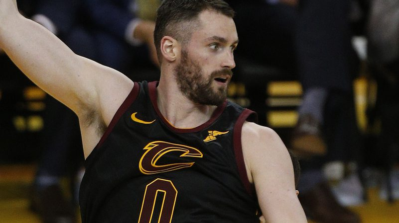 Will Kevin Love Be Suspended For Leaving Cavs Bench During Game 1 Scuffle Nesn Com