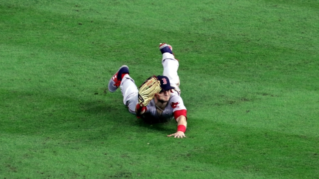 Red Sox outfielder Andrew Benintendi