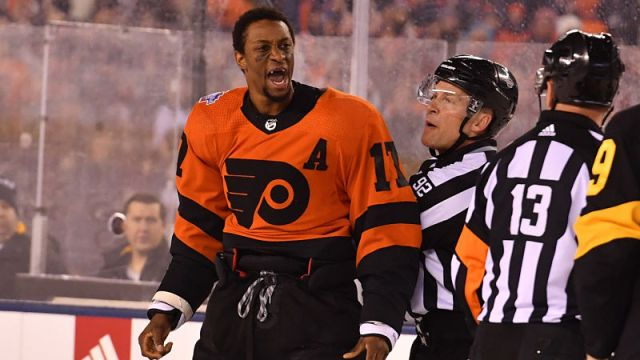 Philadelphia Flyers forward Wayne Simmonds