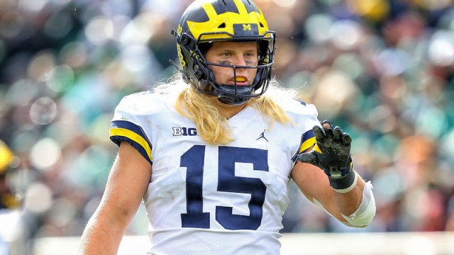 Patriots defensive end Chase Winovich