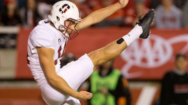 Stanford Cardinal punter Jake Bailey