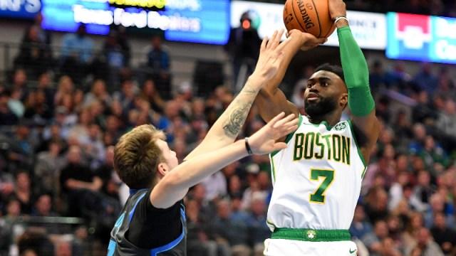 Boston Celtics guard Jaylen Brown (7)