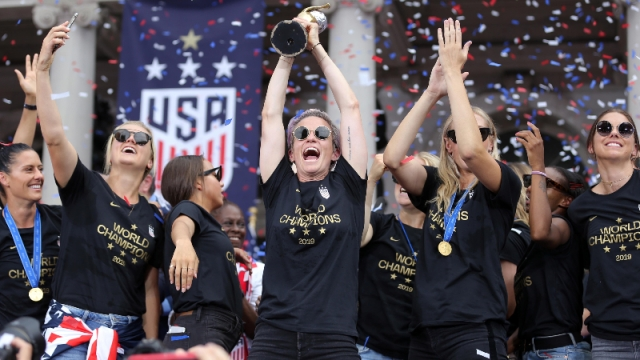 United States women's soccer team forward Megan Rapinoe and teammates