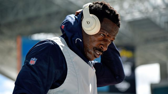 New England Patriots receiver Antonio Brown