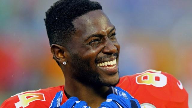 Patriots wide receiver Antonio Brown