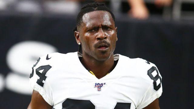 Oakland Raiders receiver Antonio Brown