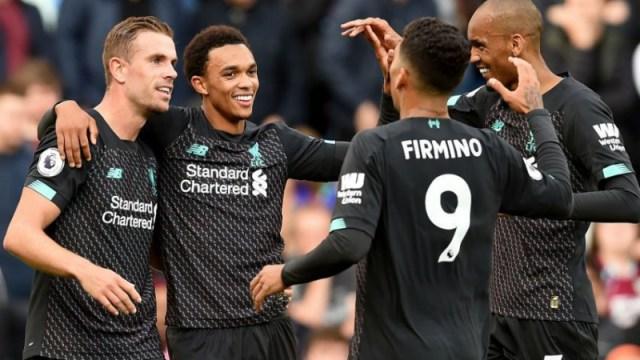 Liverpool's Jordan Henderson, Trent Alexander-Arnold, Roberto Firmino, Fabinho