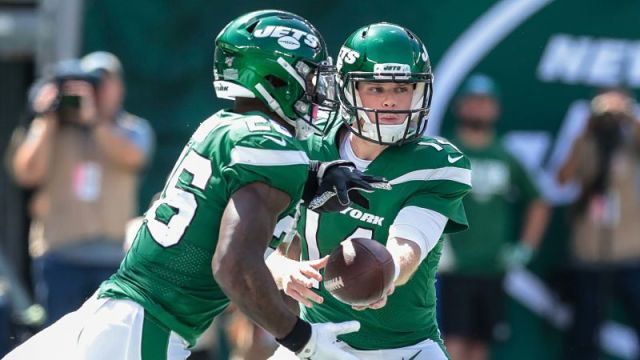 New York Jets running back Le'Veon Bell and quarterback Sam Darnold