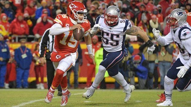 Kansas City Chiefs quarterback Patrick Mahomes and New England Patriots defensive end John Simon