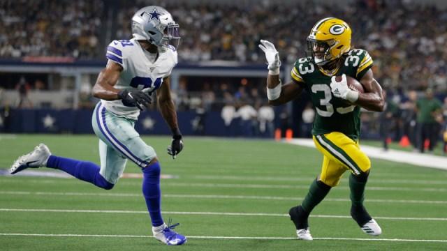 Packers running back Aaron Jones