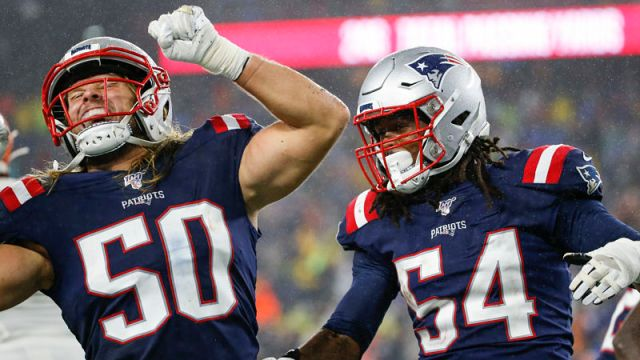 New England Patriots linebackers Chase Winovich and Dont'a Hightower