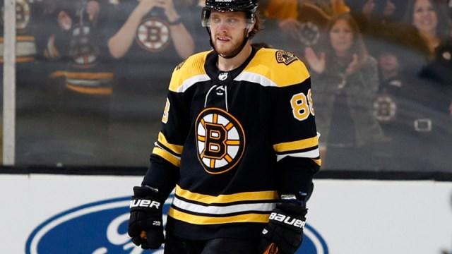 Boston Bruins right wing David Pastrnak (88)