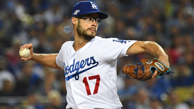 Dodgers pitcher Joe Kelly