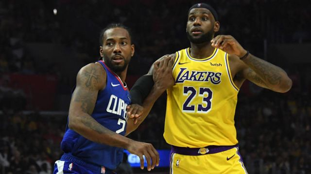 Los Angeles Clippers forward Kawhi Leonard and Los Angeles Lakers forward LeBron James