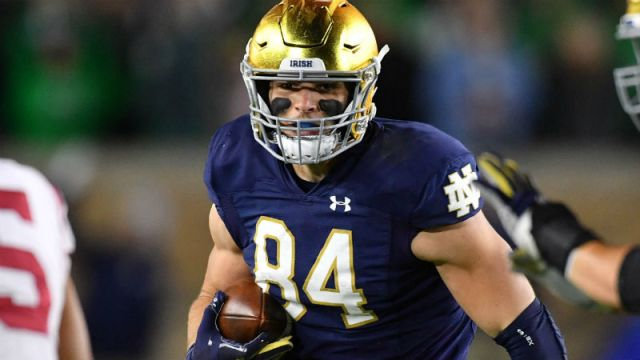 Notre Dame Fighting Irish tight end Cole Kmet