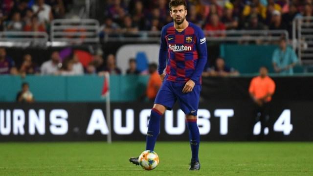 Barcelona defender Gerard Pique (3)