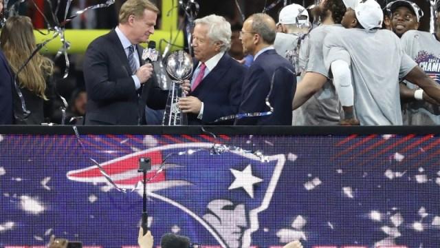 New England Patriots owner Robert Kraft (middle) and NFL commissioner Roger Goodell (left)