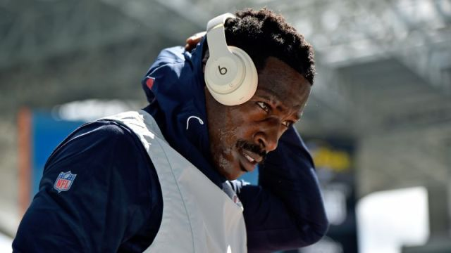 Free Agent wide receiver Antonio Brown