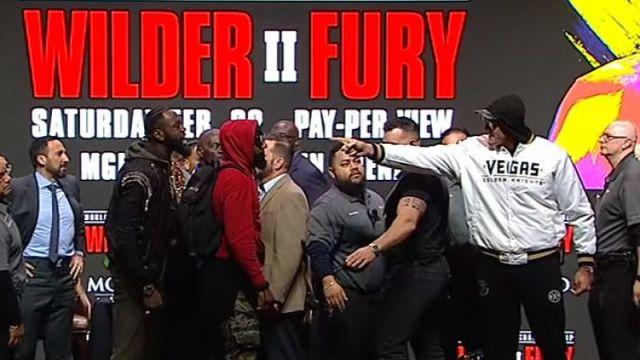 Deontay Wilder vs. Tyson Fury weigh-in